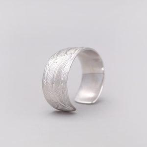 SMALL SILVER PLATED  FEATHER CUFF