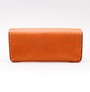 RECTANGULAR SUNGLASSES CASE IN NATURAL LEATHER W NO TOP STITCH DETAILS