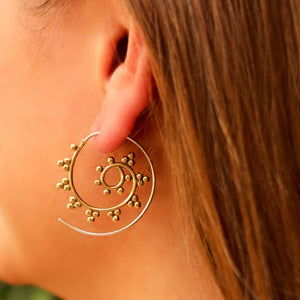Brass Spiral Earrings - Galactic Design - Ecotienda La Chiwi