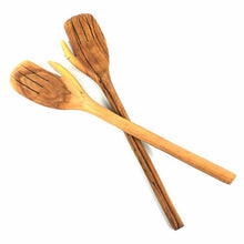 Olive Wood Salad Serving Set - Giant Hands - Ecotienda La Chiwi