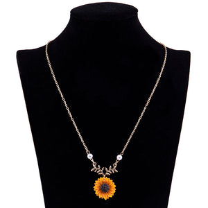 Happy Sunflower Pendant Necklace