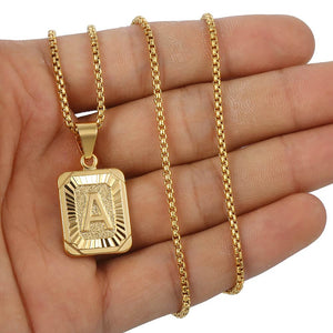 Personalized Letter Initial Custom Square Pendant Necklace (Yellow Gold)