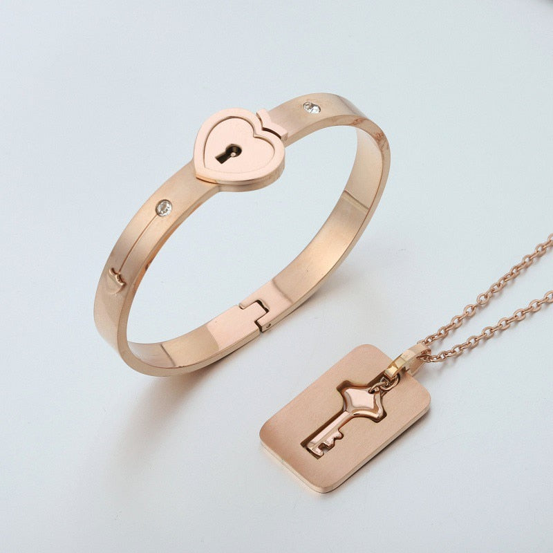 Key to My Heart Couple Necklace & Bracelet Lock and Key Set