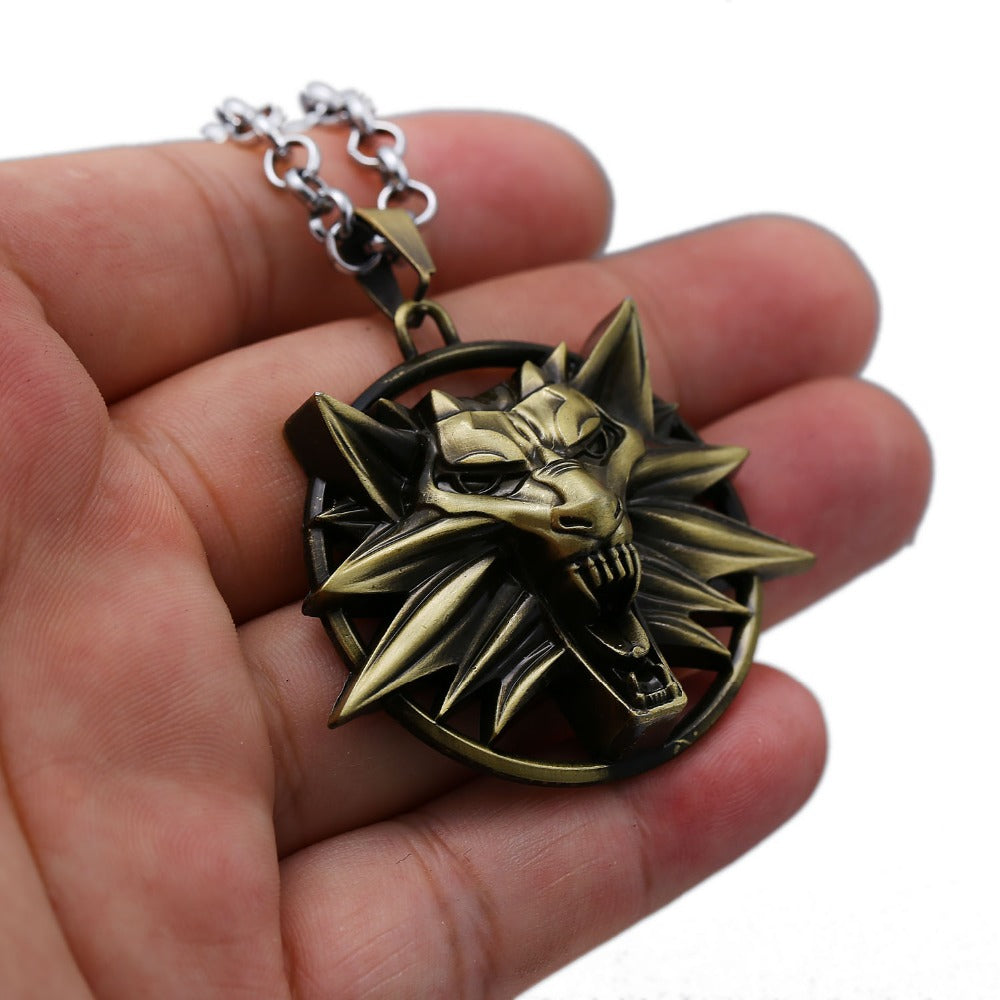Premium Wolf Head Necklace (2 colors)