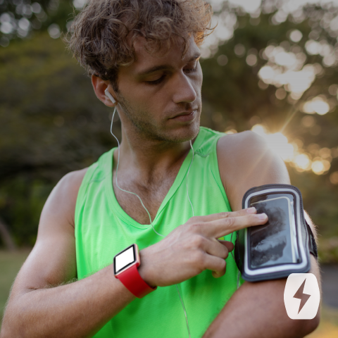 Man uses a Velcro running armband for phones