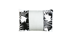 Winter Palm - Edge Throw Pillow Cover