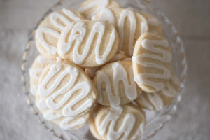 Lemon Clove Cookies