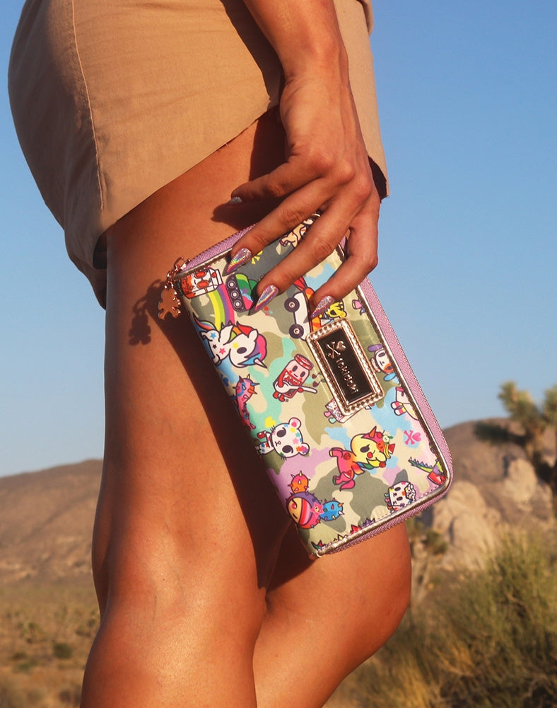 Camo Kawaii Long Wallet with model