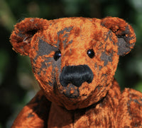 The Alfred Albert Teddy Bear pattern makes an elegant traditional Barbara-Ann Bear about 16 inches (40cm) tall.