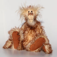 Bob is a happy, lanky and comical artist teddy bear made in wonderful tipped mohair by Barbara-Bears who doesn't take himself too seriously