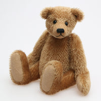 Cecil is a very sweet, traditional teddy bear in German mohair by Barbara Ann Bears