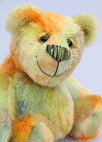 Chumley is an extremely lovable, sweet and happy one of a kind artist bear made from beautiful hand dyed mohair by Barbara Ann Bears Chumley stands just 8 inches (20 cm) tall and is 6 inches (15cm) sitting. He is made from a fairly short, straight pile mohair that Barbara has hand-dyed in a combination of spring colours