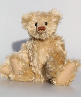 The Griffiths Bear pattern makes an elegant traditional Barbara-Ann Bear about 15.5 inches (39cm) tall.   We've used this pattern to make bears in a variety of mohairs ranging from 3mm vintage mohair to 25mm sparse, we find he works best in mohair about 15-25mm or vintage mohair. Griffiths is an old style, traditional bear