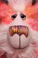 Fraser Glowbug-Grinchaser is a beautifully coloured and elegant, one of a kind artist teddy bear, in hand dyed mohair by Barbara-Ann Bears. Fraser Glowbug-Grinchaser stands 16.5 inches( 29 cm) tall and is 12.5 inches (20 cm) sitting.