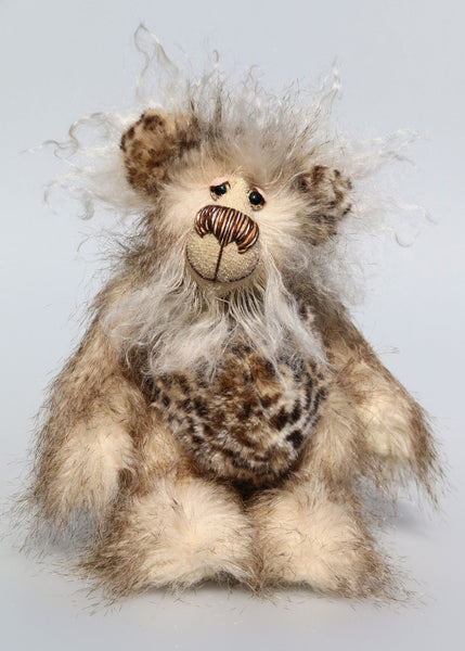 Hywel is a very sweet one of a kind, artist bear by Barbara-Ann Bears in wonderfully fluffy mohair and faux fur Hywel stands 9.5 inches (24 cm) tall and is 7 inches (18 cm) sitting. He is made in long, soft, brown-tipped cream faux fur, his face and the backs of his ears are a very long and fluffy pale cream mohair