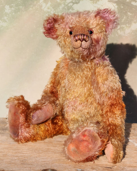 Thomas Muldoon, a traditional, one of a kind artist teddy bear, in fabulous hand dyed mohair by Barbara Ann Bears, he stands 15 inches/38cm tall and is 10.5 inches/27cm sitting. He's made from German mohair hand-dyed in many natural shades, there are several shades of copper, cinnamon, beige, gold, rose and magenta