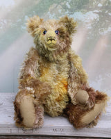 Wellington a traditional, one of a kind artist teddy bear, in fabulous hand dyed mohair by Barbara Ann Bears, he is 16.5 inches (42cm) tall and is 12 inches (30cm) sitting. He's made in gorgeous natural colours, like a walk through a forest when the leaves are mostly green but a few are just turning brown and gold