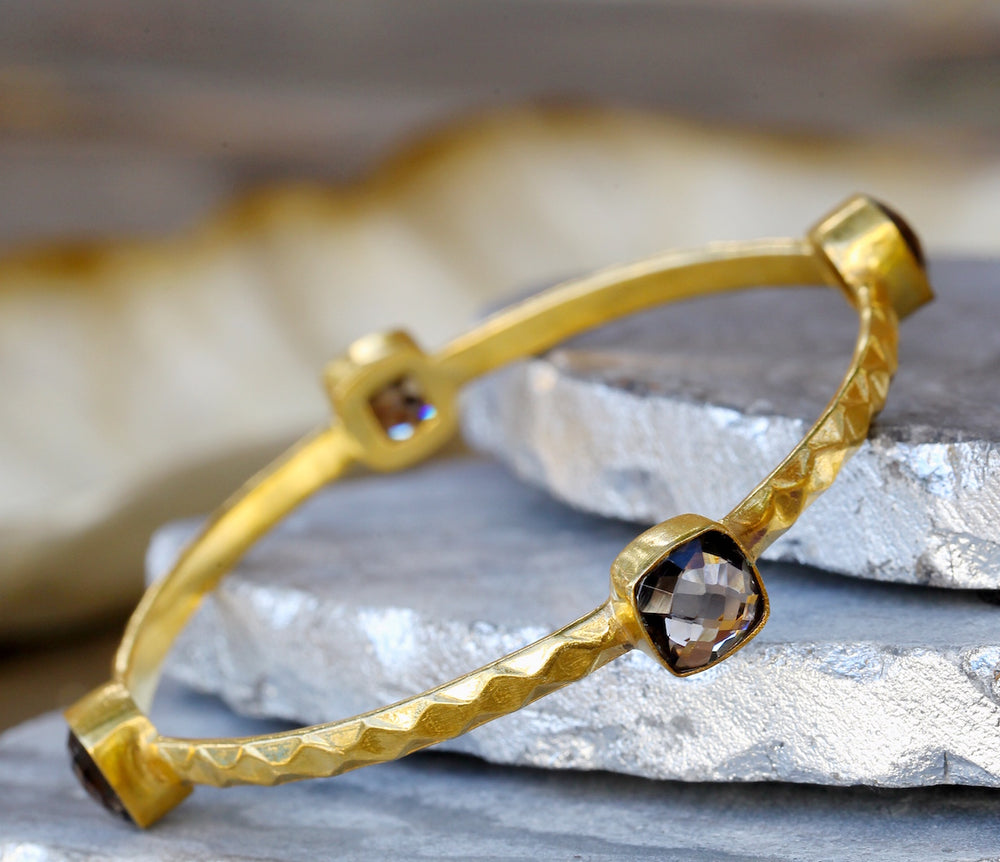Isha Gemstone Bangle