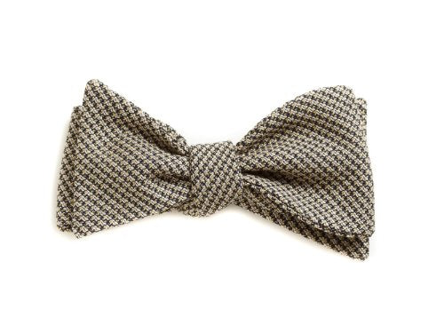 'Flight of the Bumblebee' Bow Tie