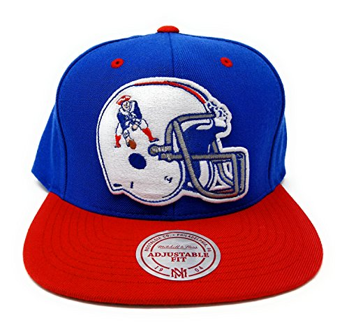 Mitchell and Ness New England Patriots Helmet Throwback Snapback