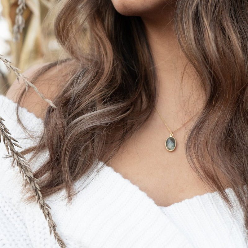 Mare Necklace | Labradorite