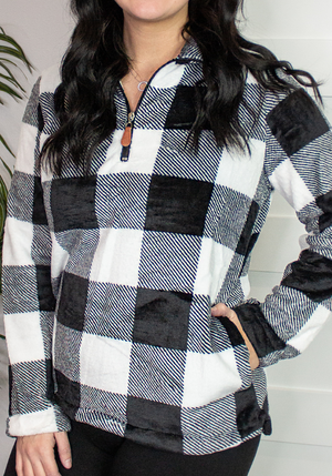 Black & White Buffalo Plaid Pullover (S-2X/3X)