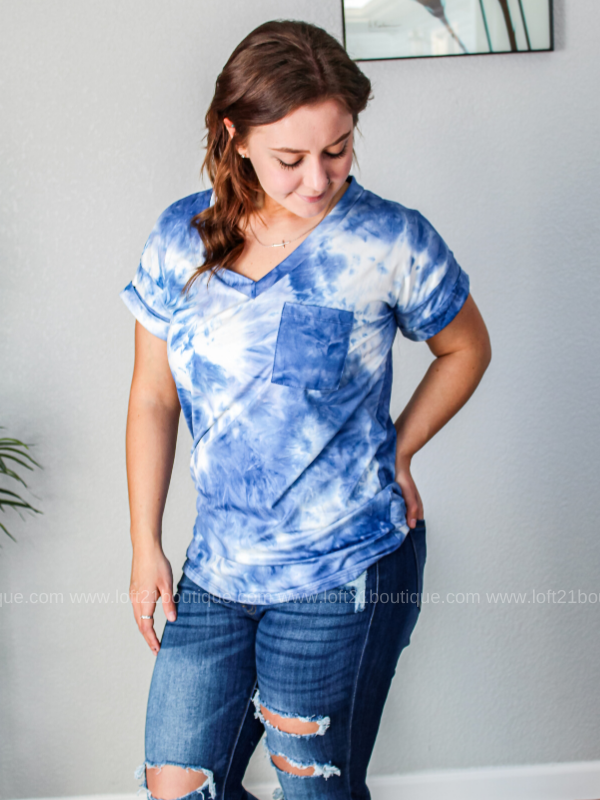 The Perfect Casual Tie Dye Boyfriend Tee- Blue
