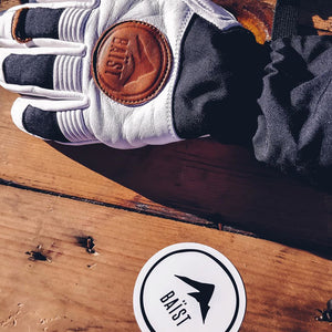 How to Choose the Right Ski and Board Gloves