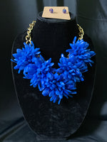 Glass Vibrant Flower Necklace