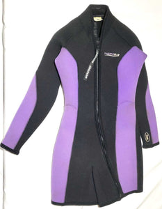 Dacor Ladies 2 Piece 7mm Wetsuit Size 6 and 8