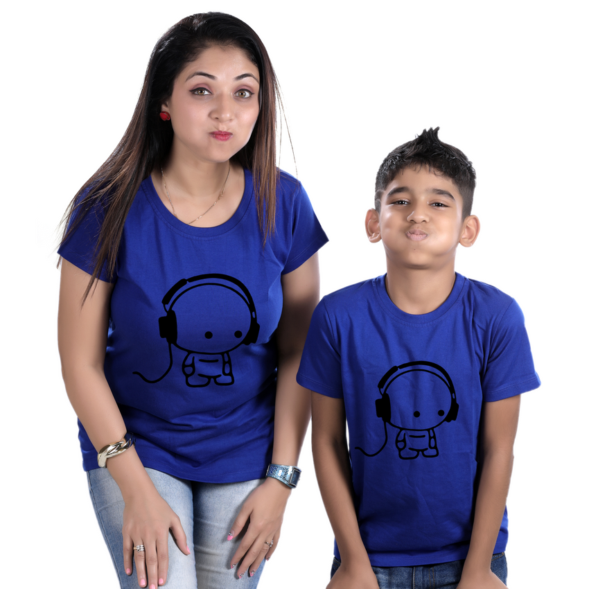 Mom and son matching t-shirt