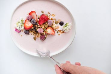 Recipes: Smoothie Bowl & Granola. A refreshing, cold treat for breakfast