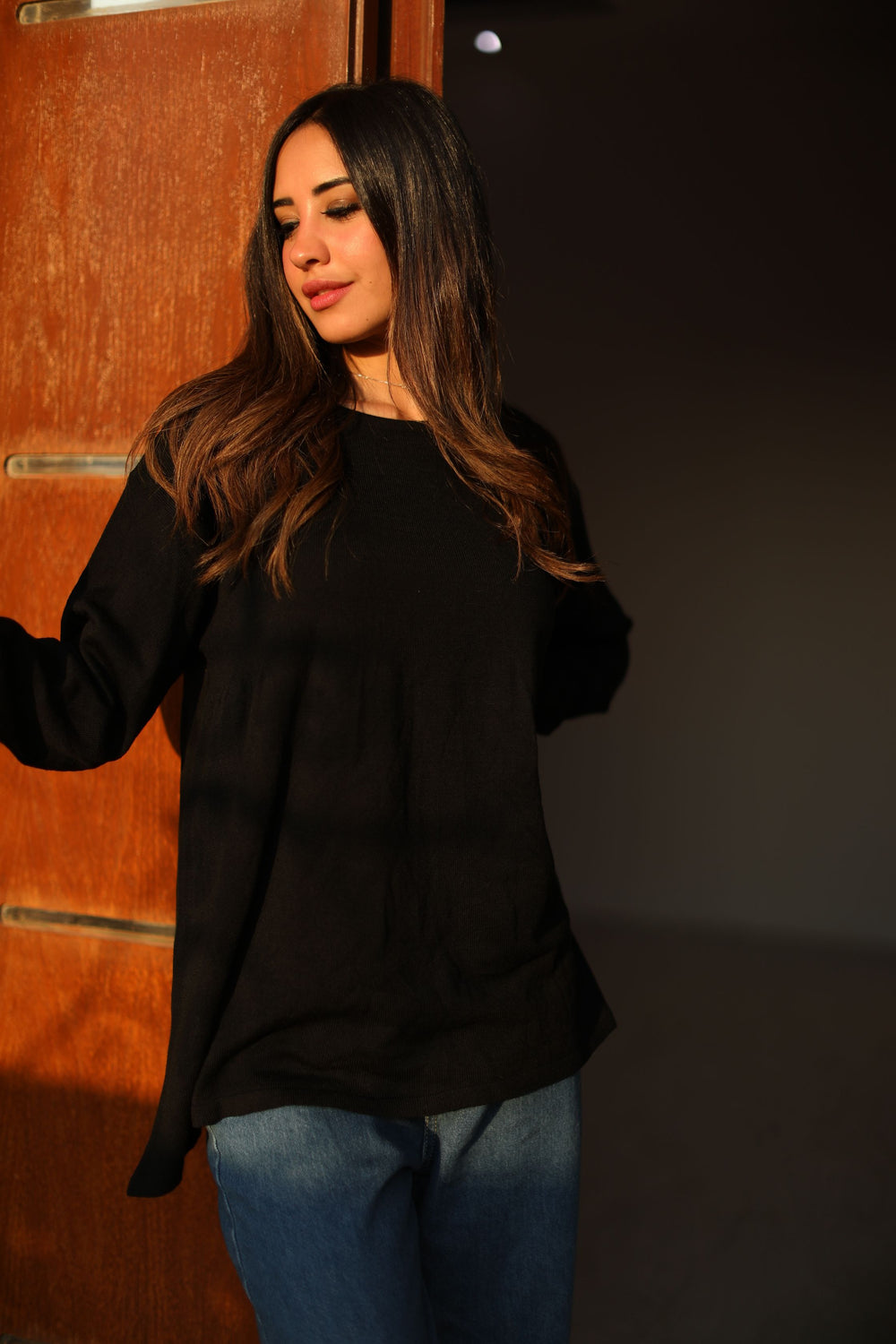 Basic Queen Sweater Black