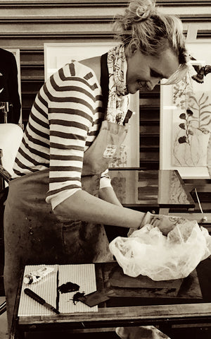 Trudy Rice demonstrating printing a solarplate etching