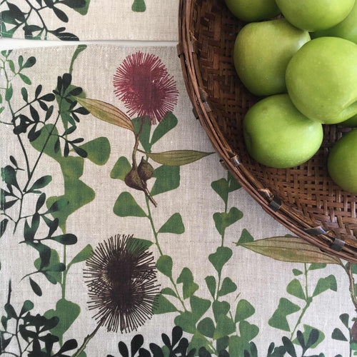 Hakea Placemat Set