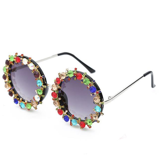 Calanovella Round Sunglasses Diamond Glasses Men Women Sunglasses Fashion Diamond Oval Round Sunglasses New Colorful Metal Frame Men Womens Sun Glasses UV400 crystal a,crystal b 39.99 USD