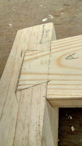 Perfect fit of a dove tailed half lap joint