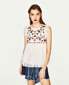 Embroidery Sleeveless Top