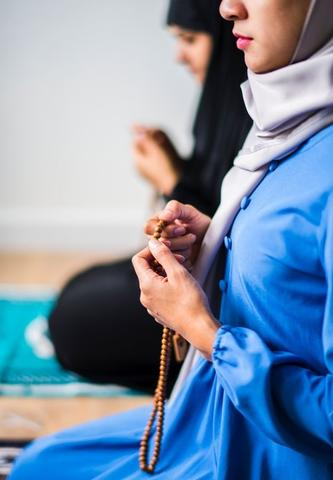 4 Ways to Create a Prayer Space & Worship Practices While Mosques are Closed