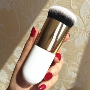 2018 New Chubby Pier Foundation Brush Flat Cream Makeup Brushes Professional Cosmetic Make-Up Brush