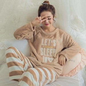 Autumn And Winter Women Pyjamas Sets Thick Warm Coral Velvet Suit Flannel Long Sleeve Female Cartoon 10 Letter Stripes / M