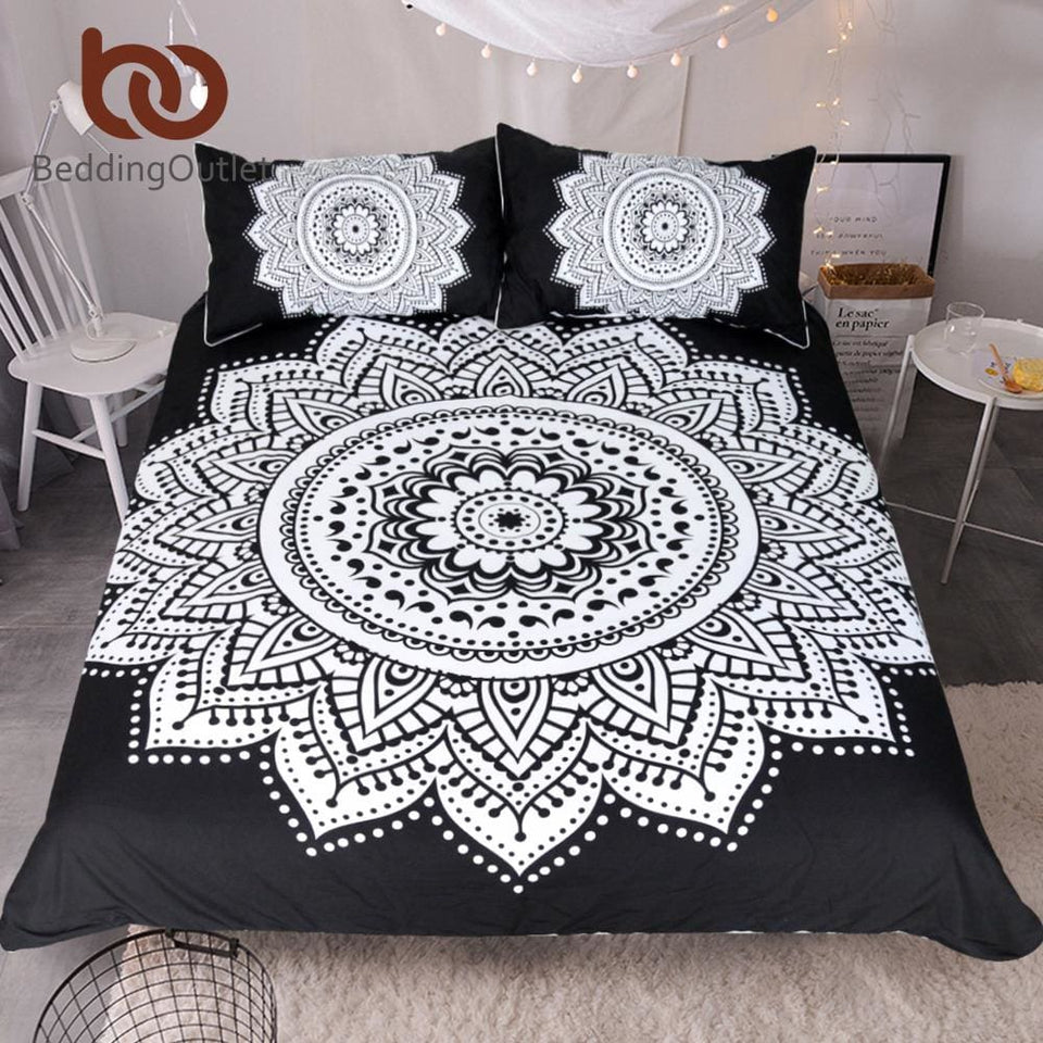 BeddingOutlet Mandala Print Bedding Set Queen Size Floral Pattern Duvet Cover Black and White