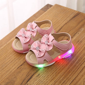 2020 Summer New Children Baby Girl Shoes Bowknot Led Light Luminous Sport Sandals Fashion Sweet Cute Sneaker Shoes Dropshipping