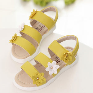 CUZULLAA Summer Style Children Sandals Girls Princess Beautiful Flower Shoes Kids Flat Sandals Baby Girls Roman Shoes