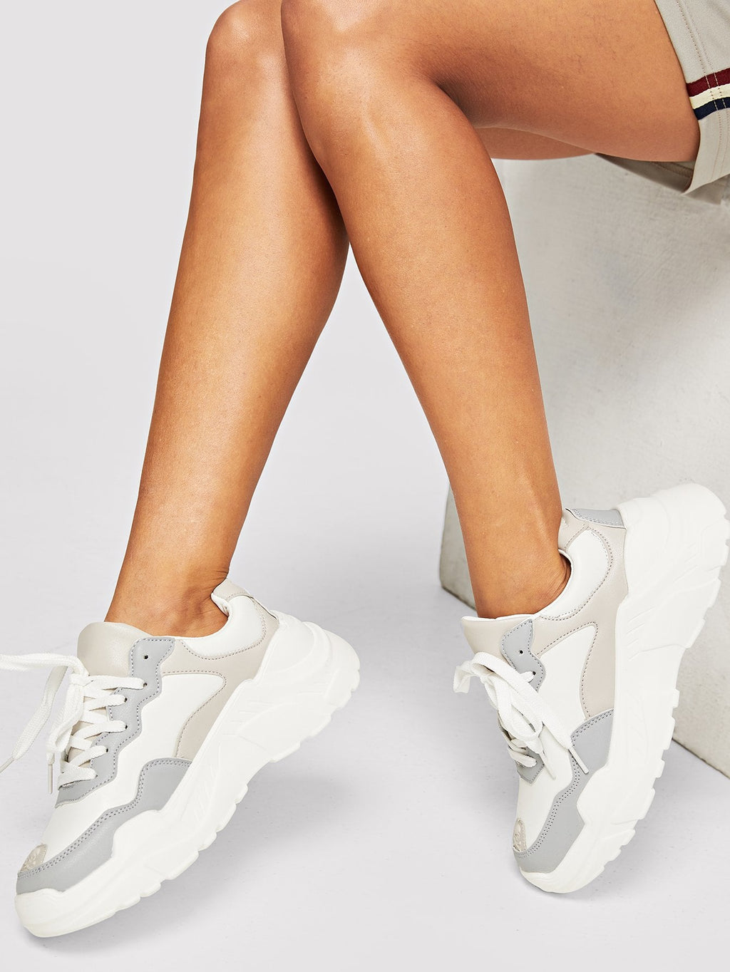 Chunky Sole-Sneakers mit Schnürung
