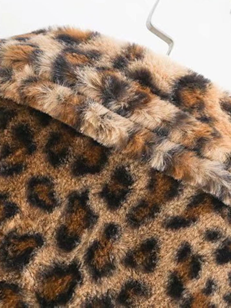 Mantel mit Leopard Muster