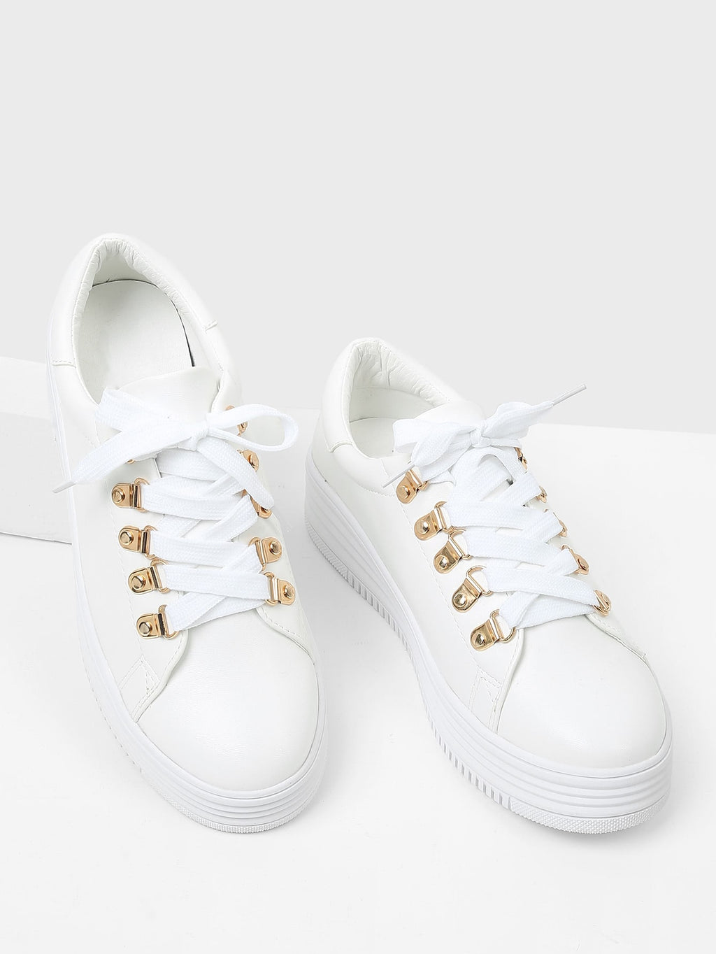 PU Sneakers mit Band