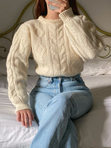 Vintage pure wool cable knit cream pull
