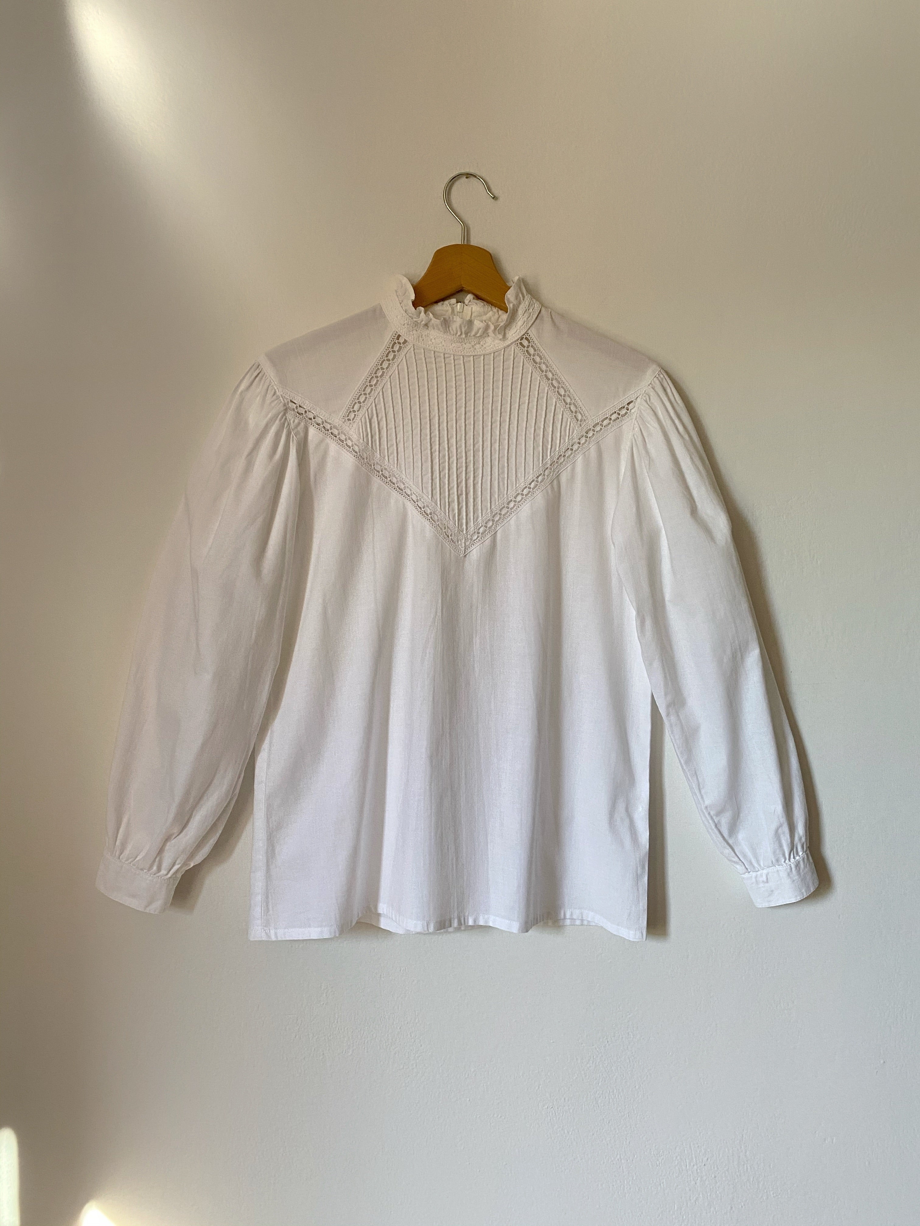 Vintage pure cotton high ruffled collar puff sleeve shirt