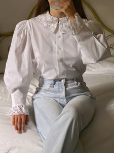 Vintage Austrian pure cotton lace details collar blouse
